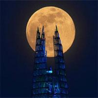 """Hình ảnh """"siêu trăng hồng"""" tuyệt đẹp xuất hiện khắp nơi trên thế giới"""