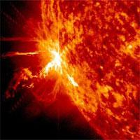Con người có bị ảnh hưởng bởi cơn bão Mặt trời sắp xảy ra?