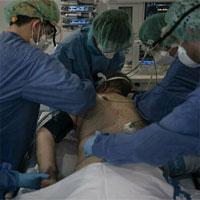 Vì sao bệnh nhân Covid-19 nặng được lật sấp?