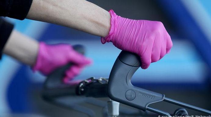 Găng tay dùng một lần có an toàn 100% không?