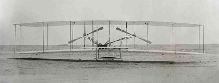 Anh em nhà Wright và chuyến bay đầu tiên