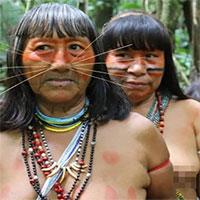 """Bên trong bộ lạc từng ăn thịt người thân để """"hút linh hồn"""" ở Peru"""
