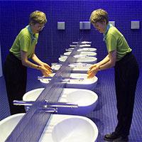 Covid-19 khiến giới khoa học nghĩ lại về nhà vệ sinh công cộng