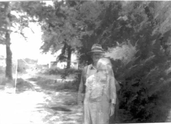 Bà Judy Herring đã phát hiện ra ông cố cụ đã xuất hiện trong bức ảnh chụp của mình.