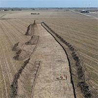 Bất ngờ khai quật được vành đai phòng thủ với 10.000 hố đất