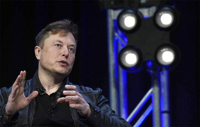 Elon Musk phải có đủ ít nhất 10.000 đầu đạn hạt nhân mới có thể biến đổi sao Hỏa.