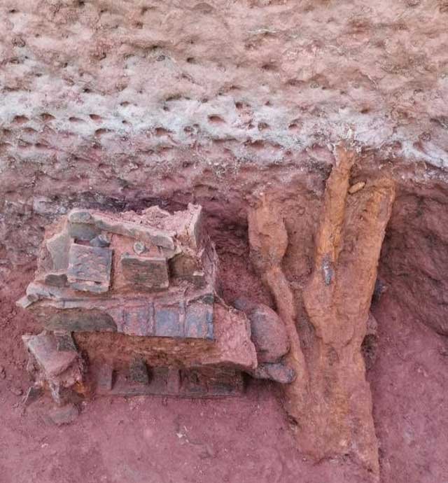 Hàng nghìn ngôi mộ cổ này có niên đại trải dài từ thời Chiến Quốc Trước công nguyên tới thời nhà Thanh.