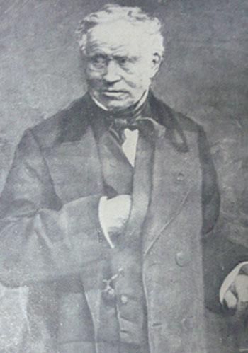 Bác sĩ Pierre Bretonneau đặt tên cho bệnh bạch hầu năm 1826.