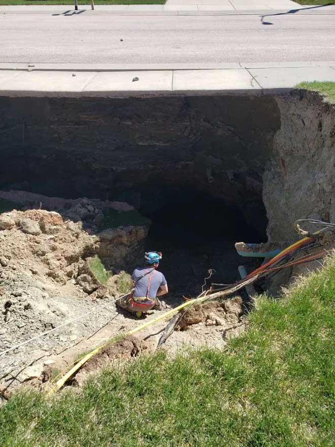 Đây thực chất là một hầm mỏ đã bị bỏ hoang lâu ngày