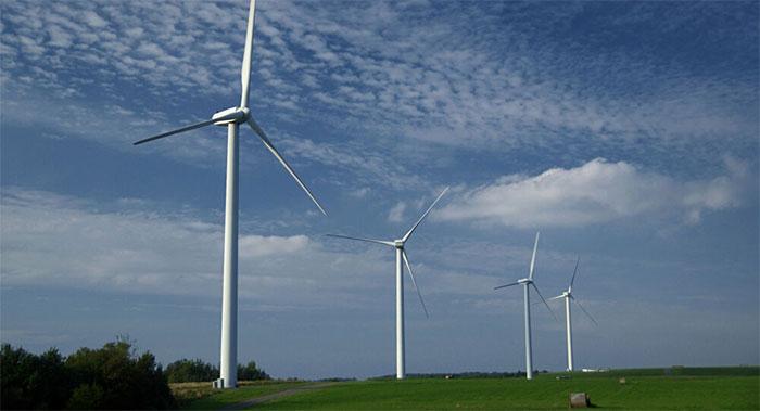 Năng lượng từ gió không làm ô nhiễm không khí hoặc yêu cầu bất kỳ hóa chất phá hủy.