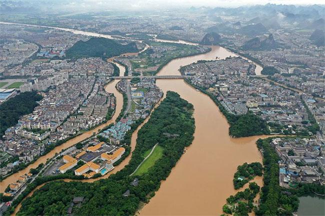 Ảnh chụp trên không tại thành phố Quế Lâm, Khu tự trị dân tộc Choang Quảng Tây ngày 9-6