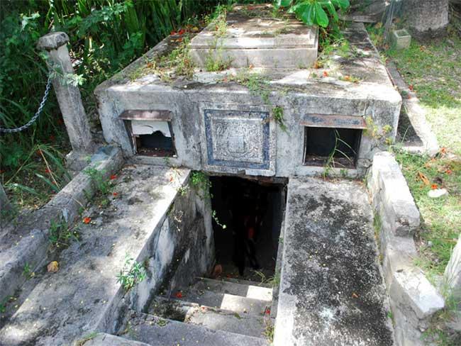 Hầm mộ gia đình nhà Chase.