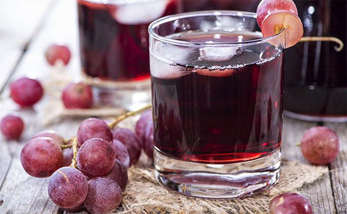 Nước ép nho có thể giảm nguy cơ máu vón cục và ngăn LDL.