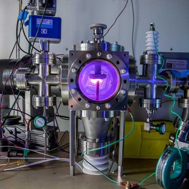Một ly tử thể hydrogen trong một thí nghiệm phản ứng hạt nhân ở Phòng thí nghiệm quốc gia Berkeley, Mỹ