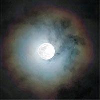 Giải mã bí ẩn đằng sau hiện tượng cầu vồng trăng vô cùng hiếm trên thế giới