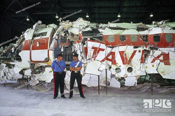 Hình ảnh về chiếc DC-9 sau khi được trục vớt