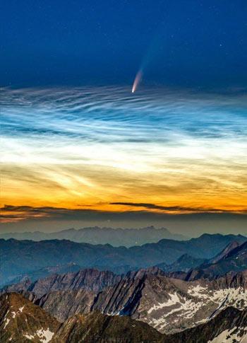 Sao chổi NEOWISE nhìn từ đỉnh núi Hochfeiler hôm 8/7