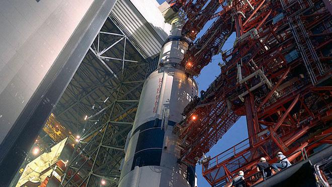 Tên lửa Saturn 5.