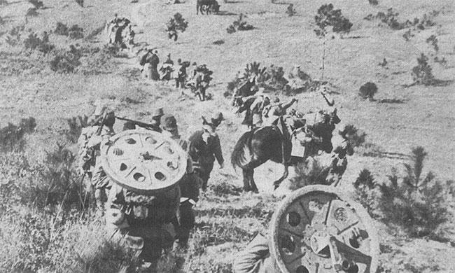 Lính Nhật di chuyển đến Nam Kinh năm 1937.