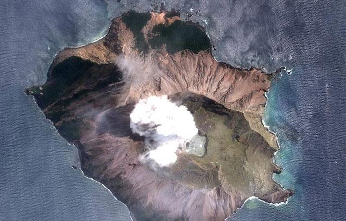 Hệ thống cảnh báo núi lửa của các nhà khoa học đã được thử nghiệm hoạt động trên đảo Trắng.