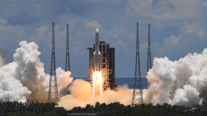 Trung Quốc phóng tàu thám hiểm sao Hỏa từ từ Trung tâm phóng tàu vũ trụ Wenchang (Văn Xương).
