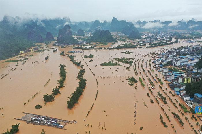 Huyện Dương Sóc bị nước sông Li tràn qua