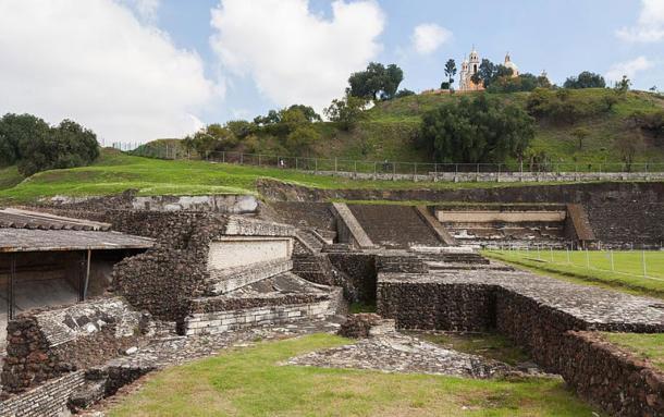 Điểm khai quật kim tự tháp