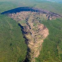 """Bí ẩn """"hố tử thần"""" tại Siberia thách thức giới khoa học gần 3 thập kỷ"""