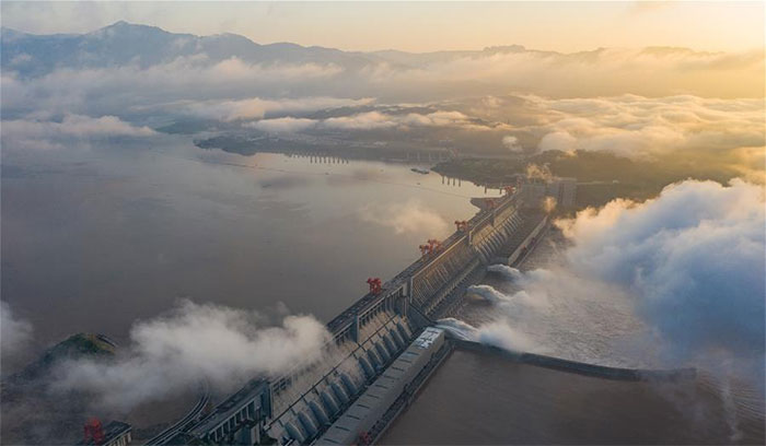 Nhà chức trách Trung Quốc đã phải ra lệnh tiếp tục mở cửa hồ chứa Đập Tam Hiệp để xả nước