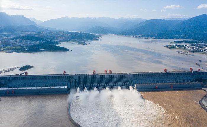 Cần nỗ lực tăng cường xả lũ trên sông Hoài.