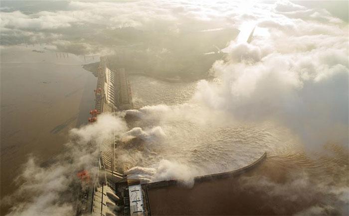 Hồ chứa Tam Hiệp trong những ngày tới được dự báo sẽ phải đón nhận lưu lượng nước đổ về lên tới 60.000 m3/s.