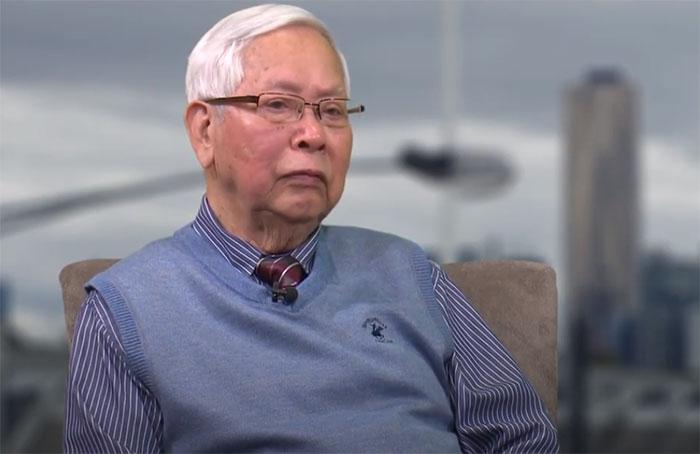 Giáo sư Nguyễn Xuân Vinh trong một cuộc phỏng vấn năm 2016.