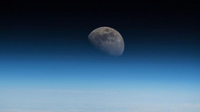 Các cường quốc đang tham vọng xây dựng trạm không gian mới trên quỹ đạo Mặt trăng