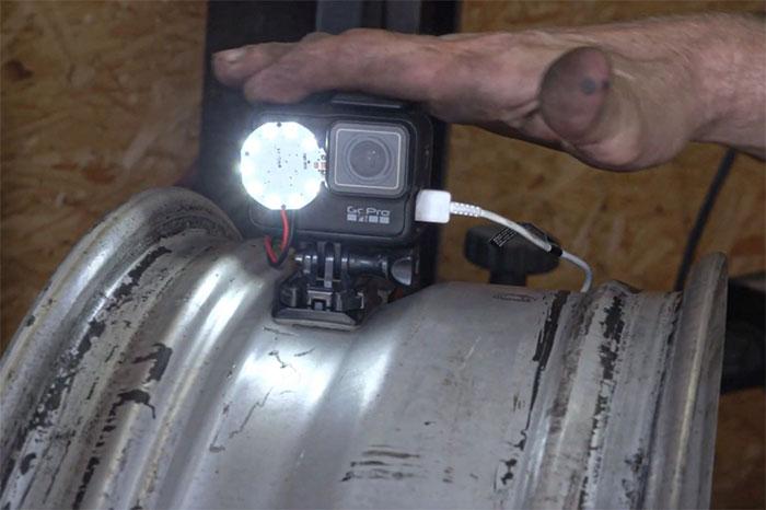 Đầu video là mô tả hoạt động của động cơ đốt trong với Piston phổ biến và động cơ quay (Wankel)