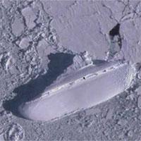 """Đồn đoán kỳ lạ về """"con tàu băng"""" bí ẩn ở ngoài khơi Nam Cực"""