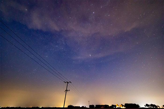 Peter Humphreys, một nhiếp ảnh gia ở Cambridge, Anh đã chộp được hình ảnh bầu trời hoàng hôn.
