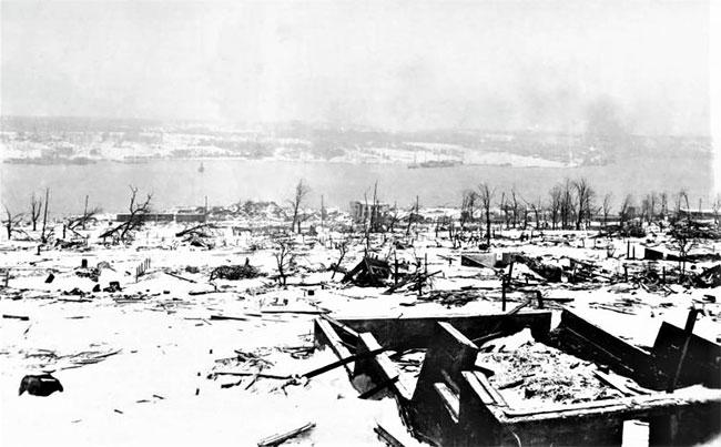 Hiện trường vụ nổ cảng Halifax ngày 6/12/1917.