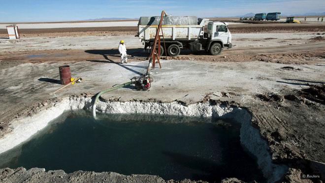 Phần nhiều lượng liti sử dụng trên thế giới được khai thác từ các mỏ ở Nam Mỹ