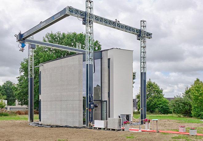 Toàn bộ khung của ngôi nhà được in 3D trong một lần in duy nhất, thay vì in từng phần và lắp ráp lại