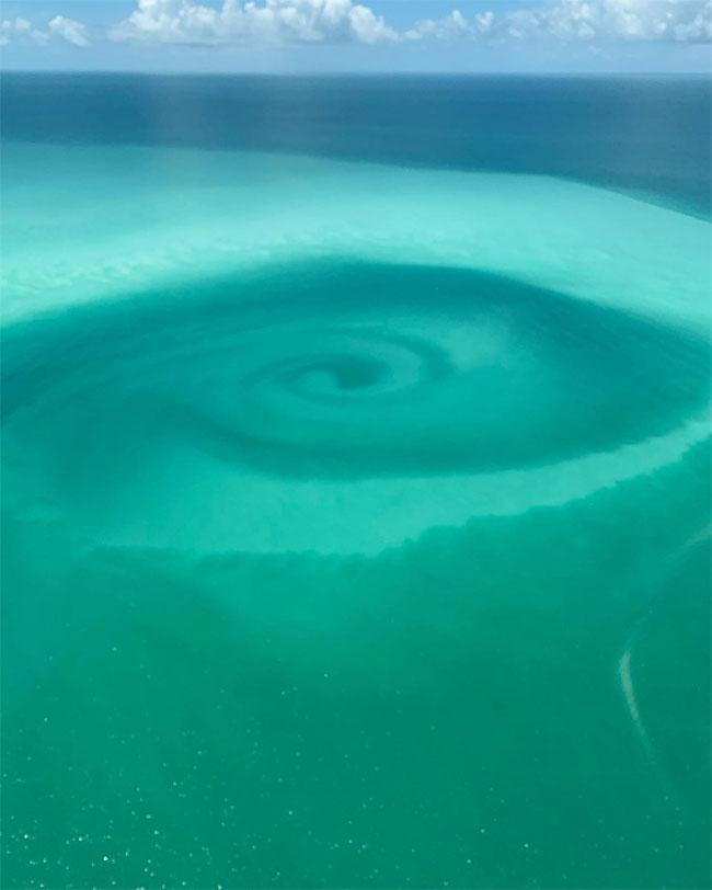 Xoáy nước ở vùng biển gần Key West