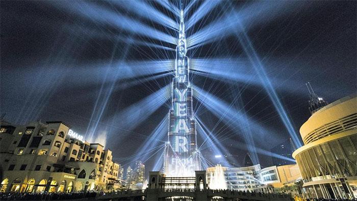 Light Up 2018, sự kiện chào đón năm mới đạt kỷ lục Guiness về chương trình biểu diễn laser