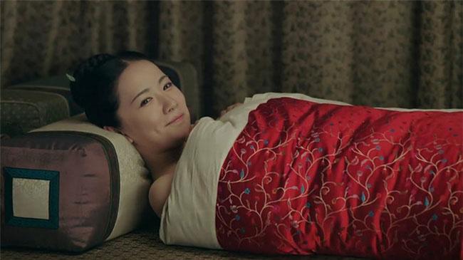 Kết thúc ân ái, Hoàng đế sẽ không giữ nữ nhân qua đêm trong tẩm cung của mình