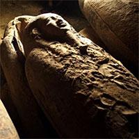 Phát hiện 13 chiếc quan tài Ai Cập có niên đại hơn 2.500 năm