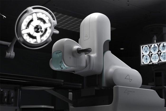 Nó còn chứa các camera và cảm biến cho phép quan sát và chụp ảnh não.