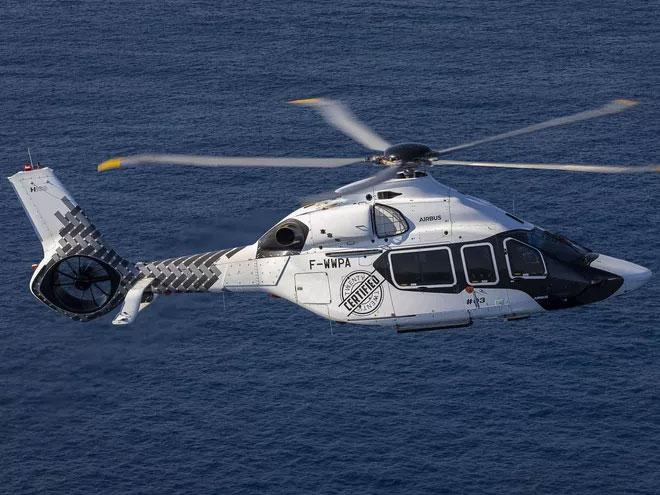 Nó có thể bay liên tục 4 giờ 30 phút và có tải trọng hơn 1,1 tấn