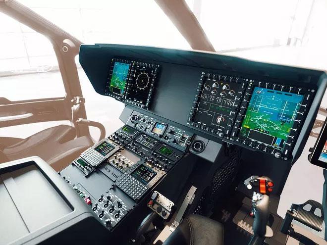 Mẫu H160 và mẫu ACH160 cao cấp hơn đều có khoang lái mới nhất từ Helionix