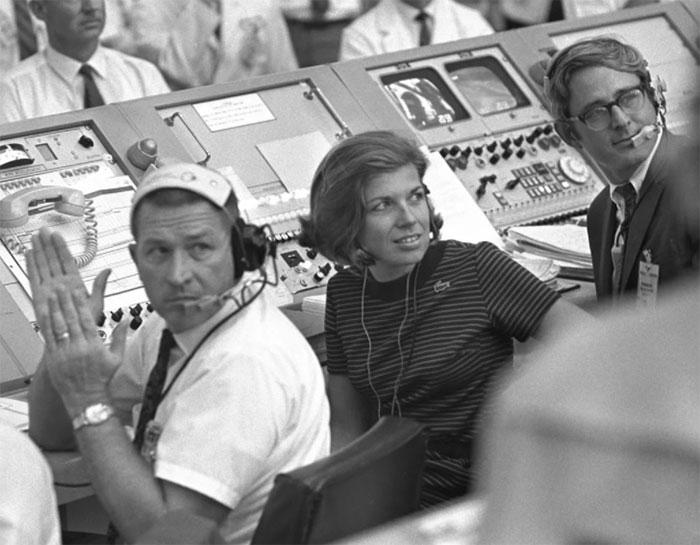 JoAnn Morgan - người phụ nữ duy nhất tham gia vào nhiệm vụ phóng tàu Apollo 11.