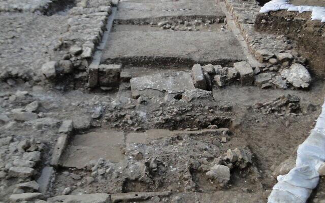 Một trong những trận động đất đầu tiên ghi nhận tại một di chỉ khảo cổ.