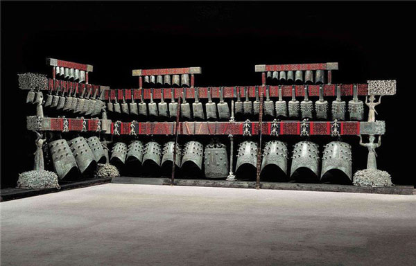 Khôi phục bộ chuông cổ 65 chiếc của Tăng Hầu Ất, tổng trọng lượng bộ chuông cả giá treo là 4,5 tấn