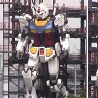 Nhật Bản: Robot khổng lồ cao bằng tòa nhà 6 tầng tự bước đi, quỳ gối